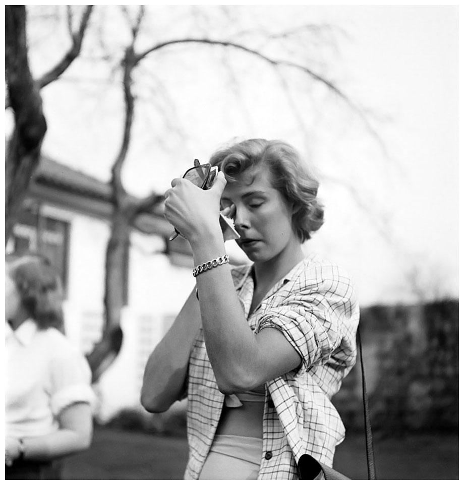 stanley-kubrick-dailies-of-a-rising-star-betsy-von-fc3bcrstenberg-1950-x