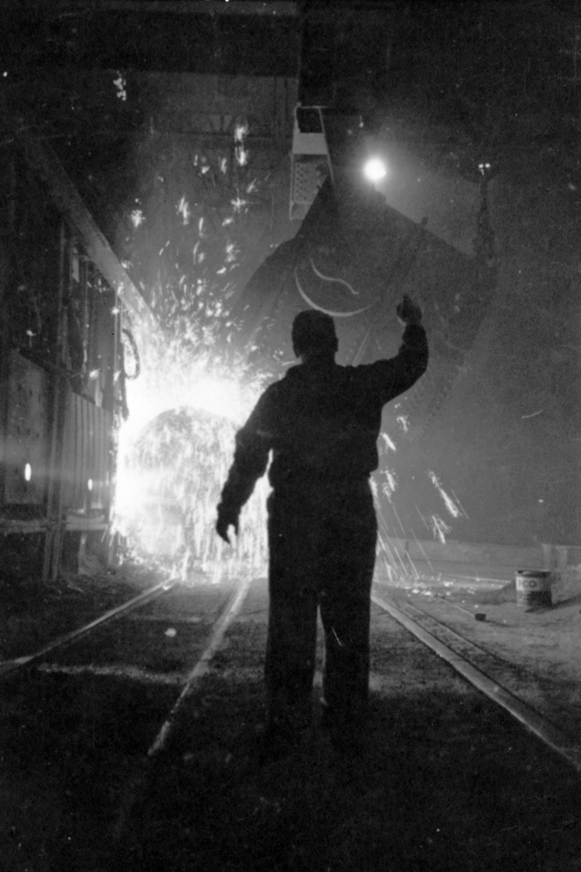 Stanley_Kubrick_-_Steelworker_with_molten_steel_cph.3d02357