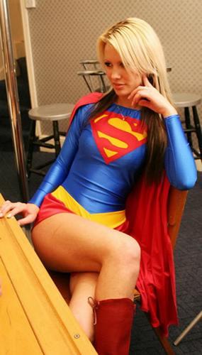 superwoman-superman-girls-10