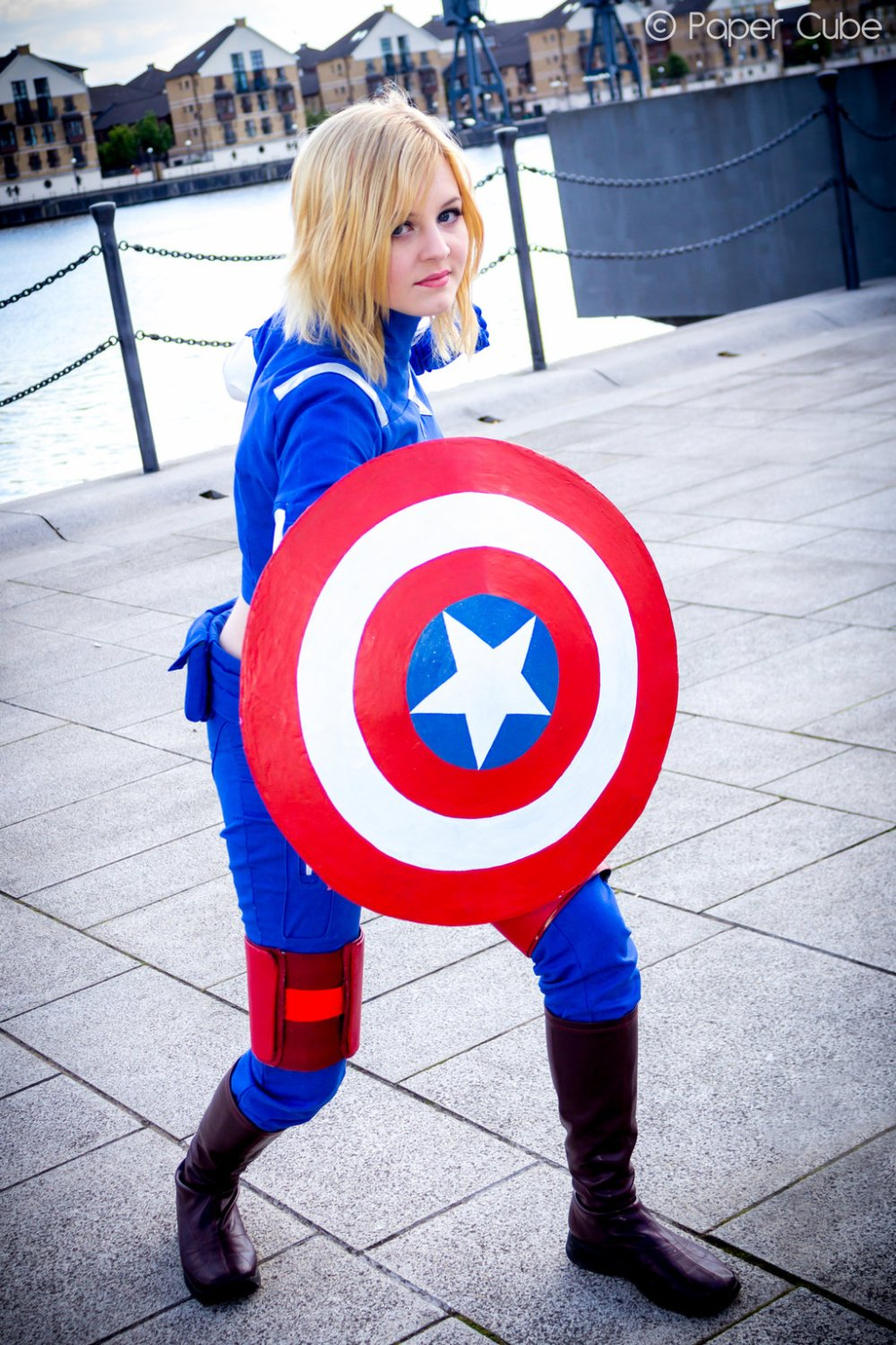 captain_america___female_version_by_paper_cube-d67q7ku