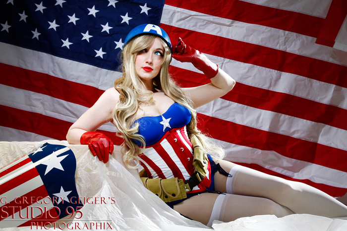 captain_america_pinup_cosplay_01