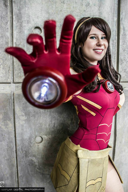iron_man_dress_cosplay_01