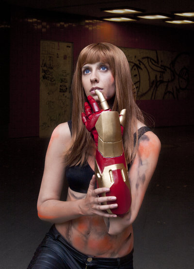 pepper_potts_iron_man_3_cosplay___extremis_by_abessinier-d6ipra0