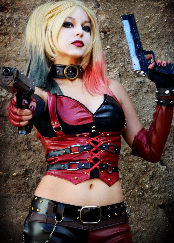 harley-quinn-cosplay-shermie