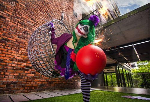 female-joker-cosplay-4-500x340