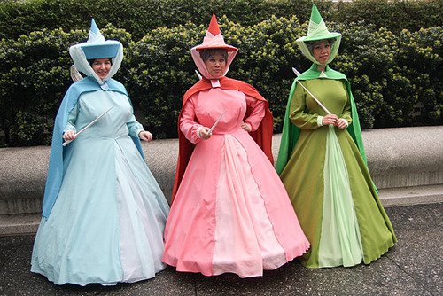 Disney-Cosplay-disney-princess-32762611-500-334