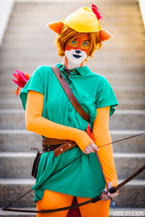 disneys-classic-animated-robin-hood-gets-live-action-cosplay