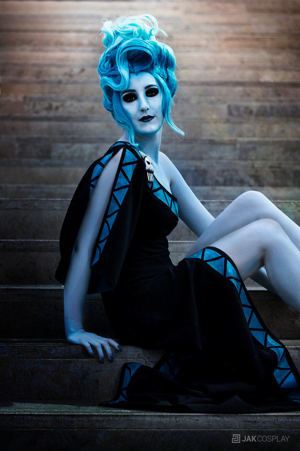 so-good-at-being-bad-amazing-disney-villain-cosplay-615687