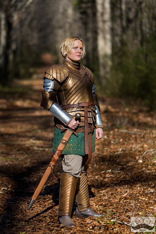brienne-of-tarth-game-of-thrones-cosplay-01