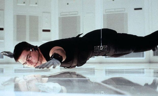 mission-impossible-1996-tom-cruise.jpg