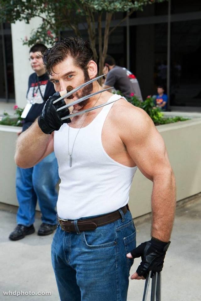 Wolverine Cosplay (10)