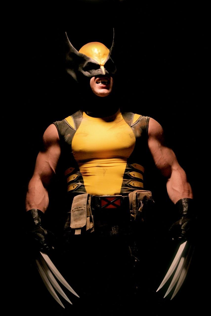 Wolverine Cosplay (7)